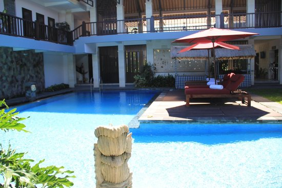 Grand La Villais Villa and Spa Seminyak: Common pool