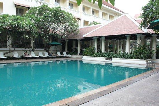 Raffles Hotel Le Royal: Second pool