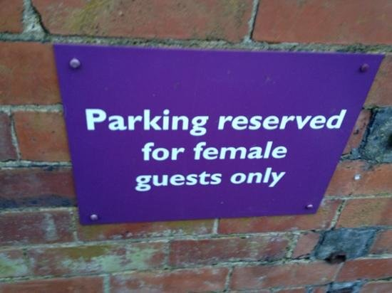 Premier Inn Leeds East Hotel: thought this was a strange sign but is due to the back car park being dark so a nice touch!