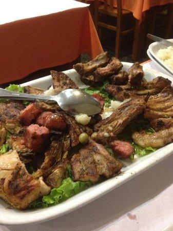 Restaurante Churrasqueira A Brasa: parrillada mixta