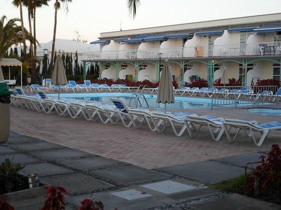 Hotel Nido del Aguila: Lara pool area(heated pool)