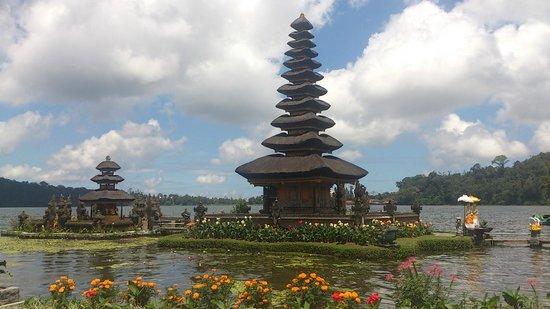Ulun Danu Temple: Pura Bedugul Temple