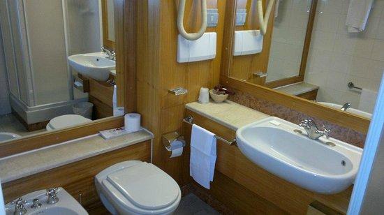 Hotel Portello - Gruppo Mini Hotel: Il bagno è ben pulito