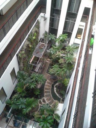 Buri Sriphu Boutique Hotel: Garden