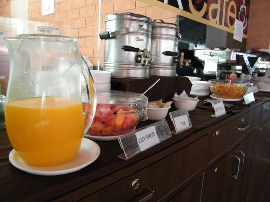 Calangute Grande : Breakfast - For those who opt with Room Plans