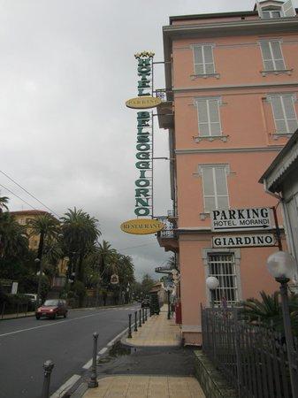 VISTA HOTEL DALLA STRADA - Picture of Hotel Belsoggiorno, Sanremo ...
