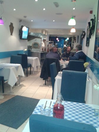 Pitta and Dips Cafe: Inside