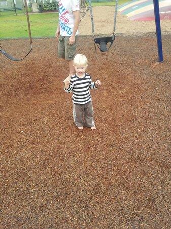 Eden Gateway Holiday Park: swings