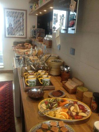 Carlton Guldsmeden - Guldsmeden Hotels: Breakfast buffet