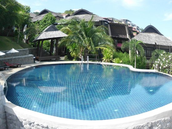 Bhundhari Spa Resort & Villas Samui: pool view