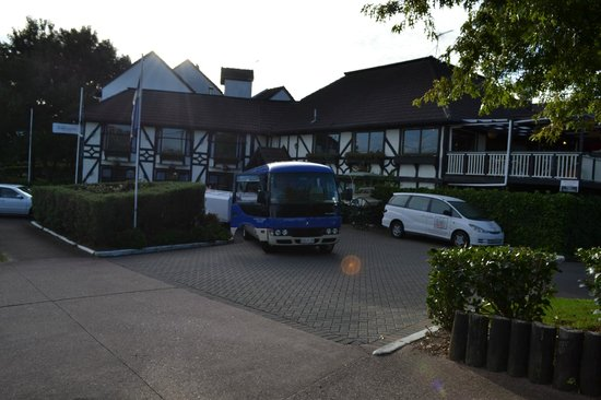 The Surrey Hotel: Hotel Entrance