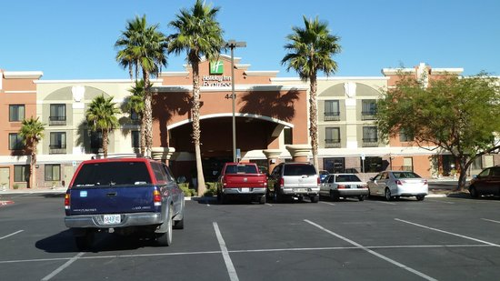هوليداي إن إكسبريس هوتل آند سويتس: Holiday Inn Express Henderson