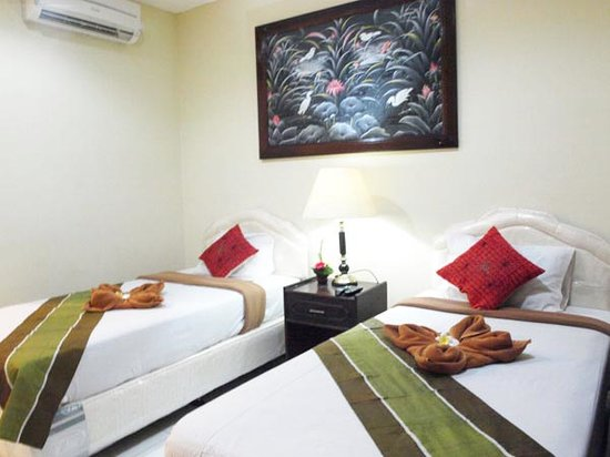 Grand Bimasena Hostel: standard room