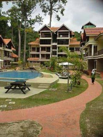 Anjungan Beach Resort & Spa: view from lobby