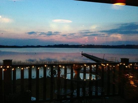 Wineport Lodge: sunset