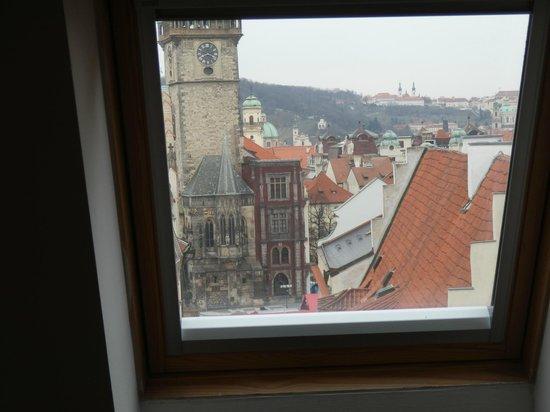 Ventana Hotel Prague: Vistas desde una de las ventanas de la habitación