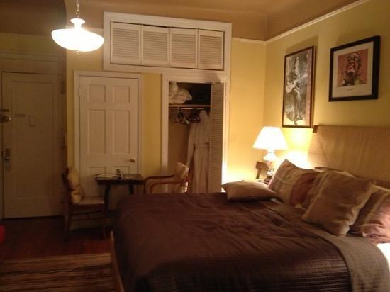 Candy Hill Harlem: josephine room