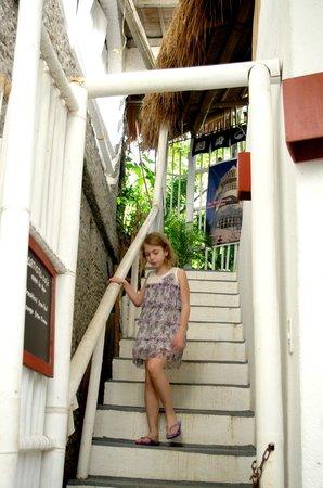 Artista Beach Villas: Путь с завтрака