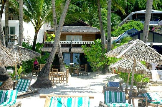 Blue Mango Inn: Вид с пляжа