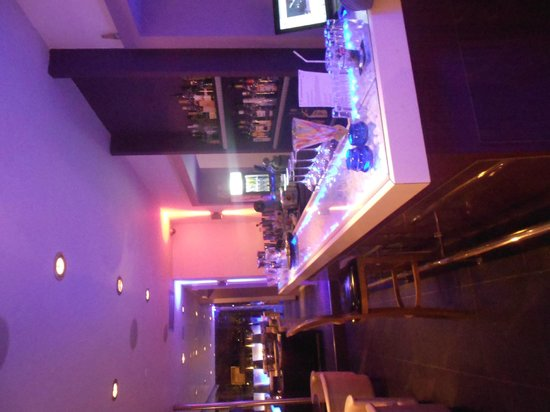 Pimareros : bar view
