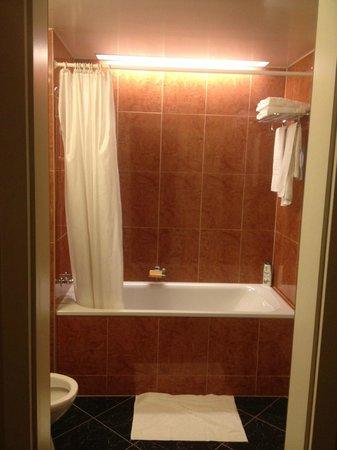 NH Rex: Bath