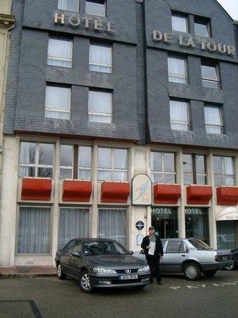 ibis Styles Honfleur: Façade de l'hôtel de la Tour, Honfleur