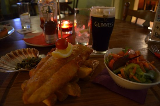 Oslo Bar and Microbrewery : Fish and chips meal