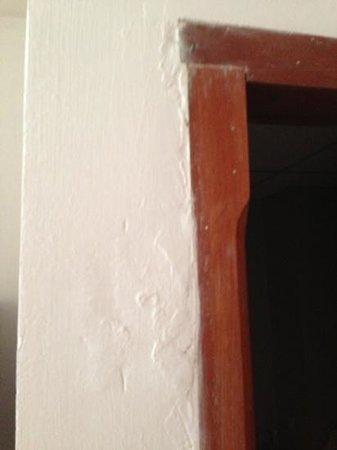 Mediterraneo Apart Hotel : las puertas y son de cuarta...