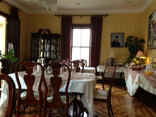 Bayberry Inn of Newport: Dining Room