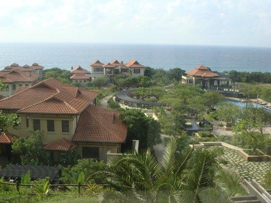 Fairmont Zimbali Resort: Vue sur mer depuis une chambre du 5ème étage