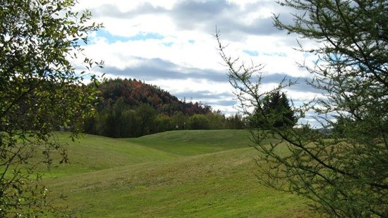 Colebrook Country Club & Motel: 9-hole golf course on-site