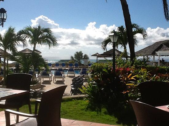 St. James's Club & Villas: view having breakfast!