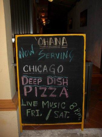 Ohana Cafe : Chicago Deep Dish Pizza!
