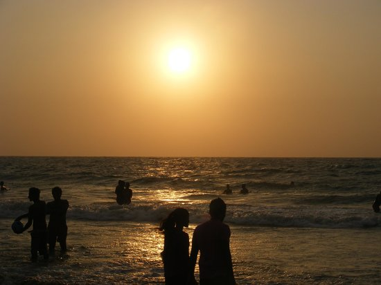 Mount Lavinia Beach: View at sunset