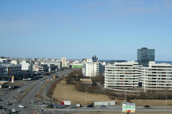 Hilton Reykjavik Nordica: Looking downtown from our room along Laugavegur Street
