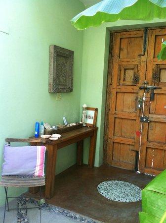 Casa Verde Inn: Recibidor