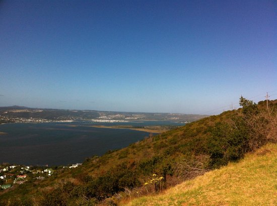 The Knysna Belle: Views of Knysna Lagoon on road to Brenton on Sea