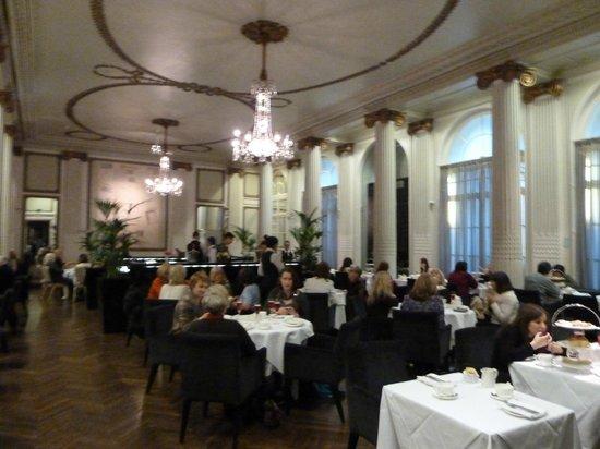 The Waldorf Hilton: Homage Tea Room