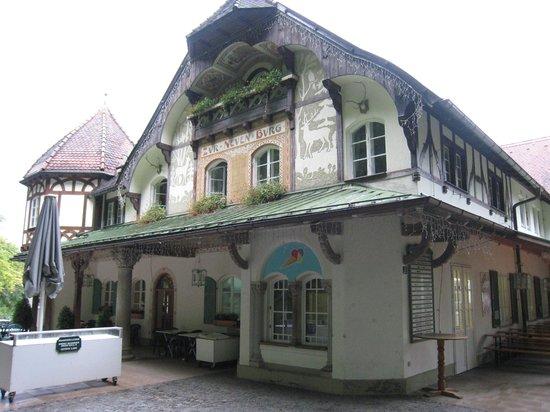 Schlossrestaurant Neuschwanstein: Front View of Hotel
