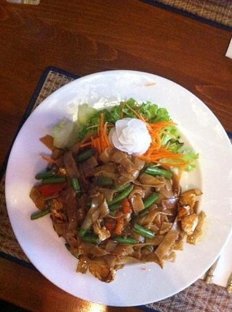 Thai Elephant: spicy nuddle with chicken