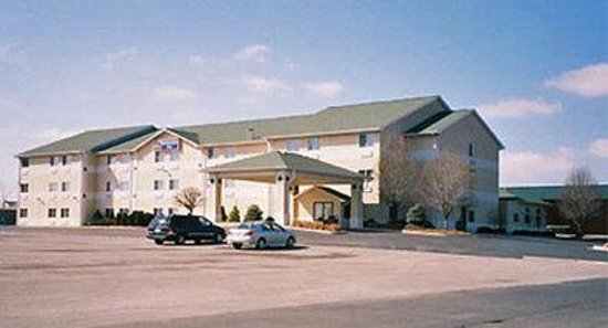 ‪Days Inn St. Charles‬