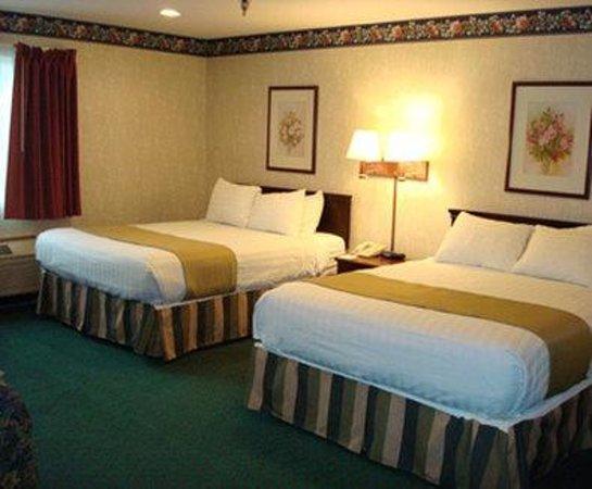 Days Inn St. Charles: Guest Room
