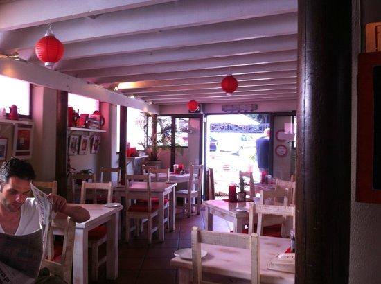 Flava Cafe & restaurant: Downstairs interior