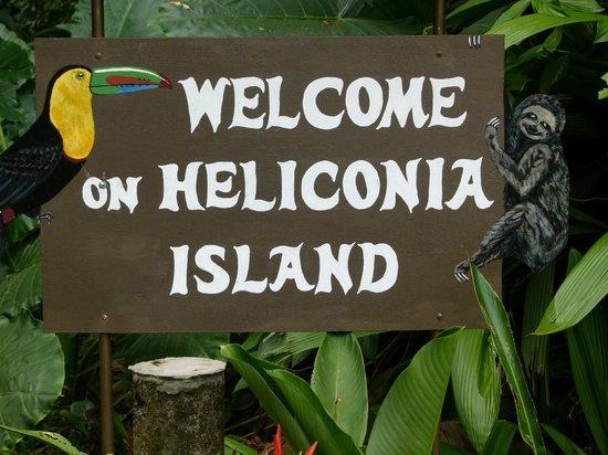 Heliconia Island Bed & Breakfast: Begrüßungstafel 2