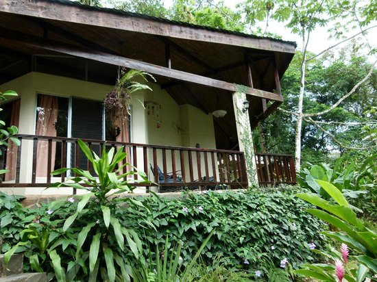Heliconia Island Bed & Breakfast: Bungalow