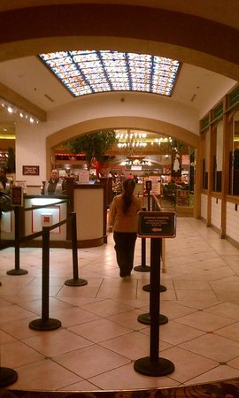 French Market Buffet : Entrance