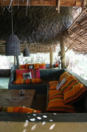 Kumbura Eco Lodge : Dining/sitting area