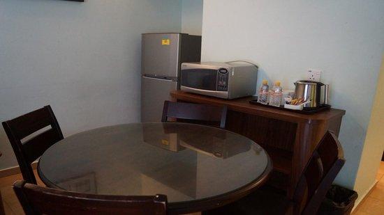 Costa Sands Resort - Downtown East: Living Room