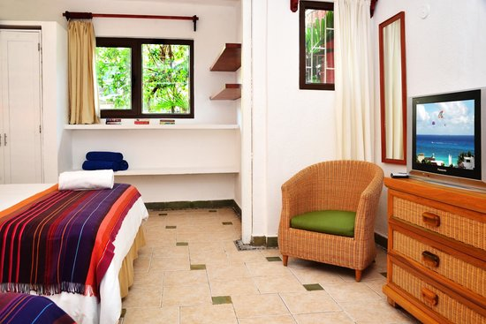 Club Yebo: Karmalita Double Room