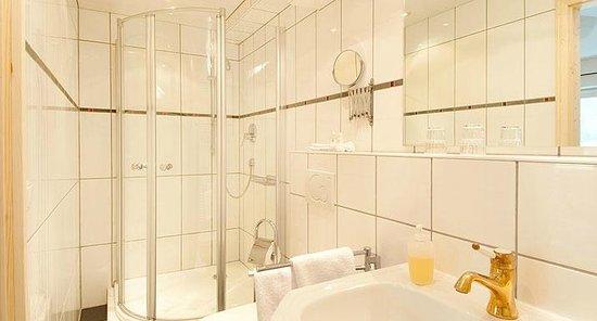 Hotel Malerwinkl - Badezimmer